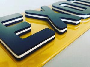 4D black oreo number plates